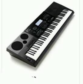 CASIO WK 7600 76 piano type. Keys portable keyboard