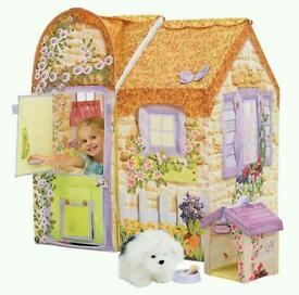 Dreamtown puppy cottage Wendy house