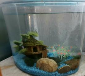 Fish Tank + Gravel + Ornaments