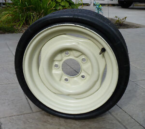 Collapsible Tire & Ford Rim