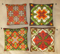 SMYRNA / DOUBLE CROSS STITCH Pillows / Coussins - Hand Stitched