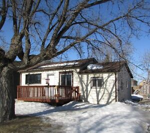 NEW LISTING! Wonderful 3 bdrm for sale in SELKIRK, MB!
