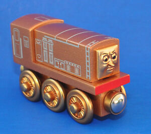 Thomas & Friends Limited Edition Gold Wooden DIESEL w Box