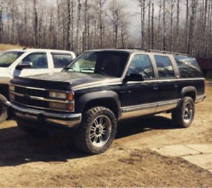 1992 Chevy Suburban, willing to trade