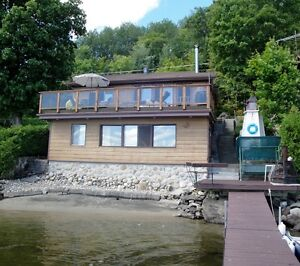 Lac Simon Cottage For Rent ***May Long Weekend Available****