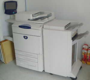 Xerox Docucolor 242 Large Format Office Printer Scanner Copier
