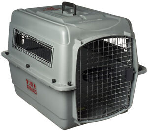 PetMate Sky Kennel with food bowls for sale - Like brand new