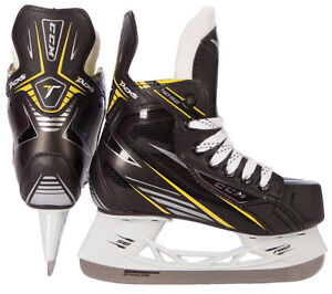Brand New CCM Tacks Youth Size 12R
