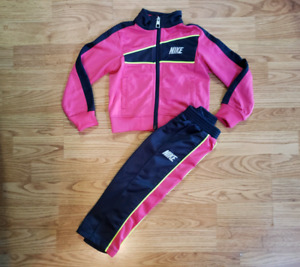 2T Nike Suit for Toddler Girls