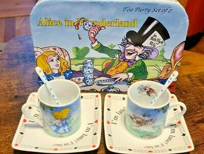 Alice in Wonderland Tea Party Box Kit for Two 2010 Paul Cardew . Very Cute Set!