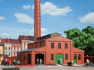 11431 Auhagen HO Kit of a Boiler house with smokestack - NEW