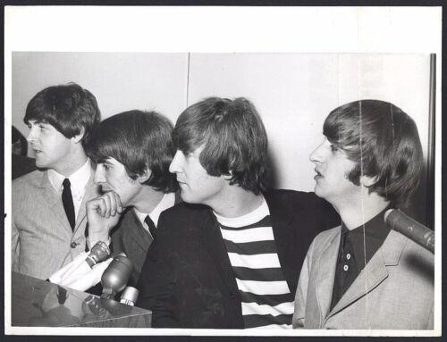 BEATLES HISTORIC VINTAGE LARGE PHOTO 1964