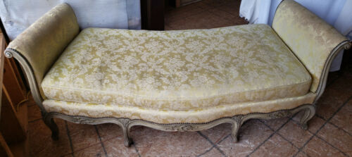 Vintage French Couch/ Day Bed