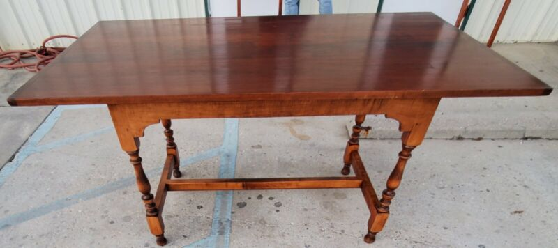 D. R. Dimes Salisbury Tavern Dining Table. MESSAGE ME FOR SHIPPING INFORMATION!!