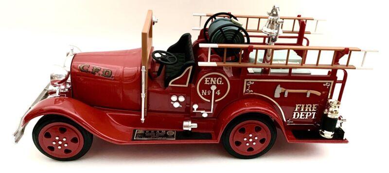 •Jim Beam 1930 Fire Truck Decanter•Bourbon Whiskey•Distillery•Man Cave•Bar•