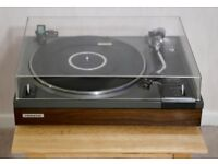Pioneer PL-112D Hi-Fi Stereo Turntable in excellent working condition.