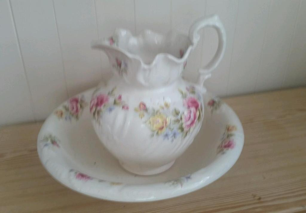 Staffordshire Ironstone England Pitcher Jug And Wash Bowl