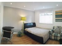 Large double (Room 4) - 3 bathrooms - Napier Uni, direct buses city centre, Herio Watt University