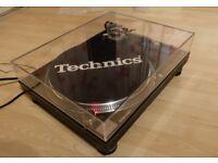 Technics SL 1210 M5G Boxed Mint Condition