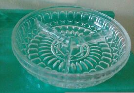 10 assorted glass bowls