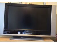 """37""""LG TV with H/D."""