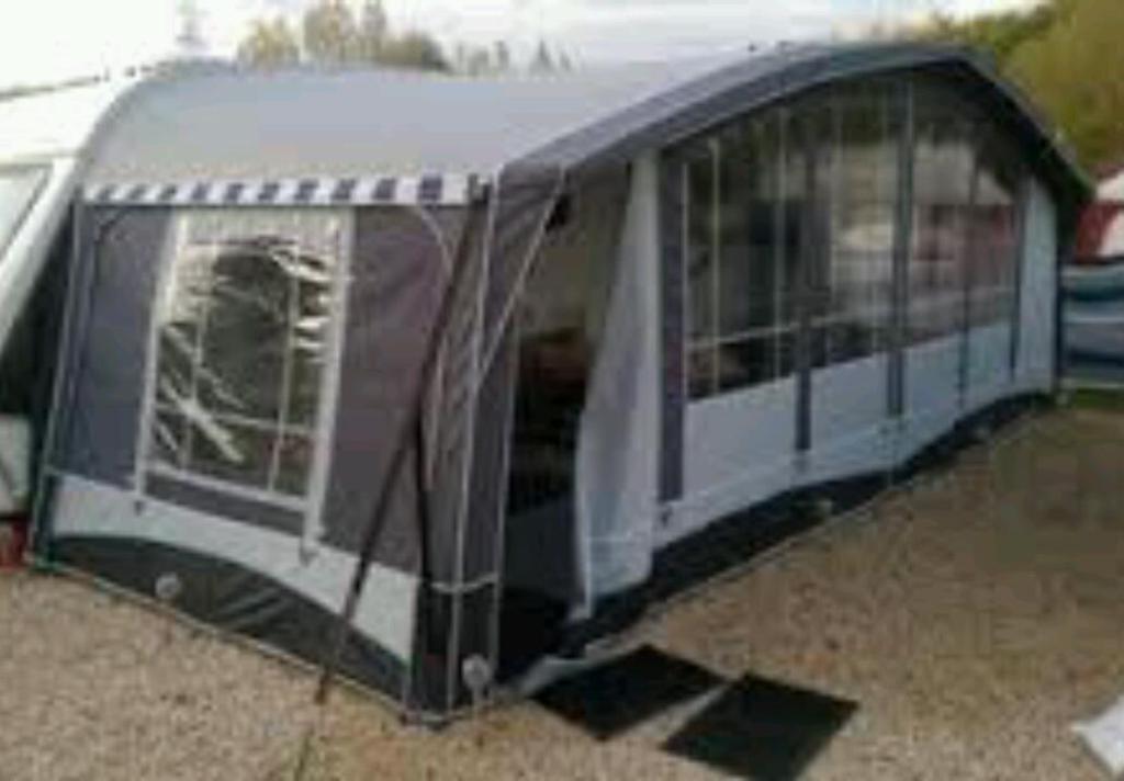 Blenheim Quest Elite Caravan Awning Size 13