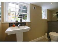 Furnished two bedroom flat in Edinburgh, Castle Street, bills included