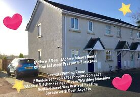 Modern 2 Bed Mews House. ( Clifton ). Preston. Blackpool. Lancashire PR4 0YF