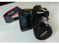 Canon EOS 40D DSLR with EF 28-135 f3.5-5.6 IS USM lens