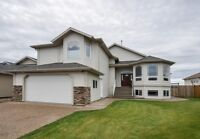149A Fisher Cr Lux 3 Bed 2.5 Bath Top of Home Includes Utilities