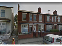 3 Bedroom House TO LET Pleck Walsall WS2 Central Heated Double glazed spacious near local amneties