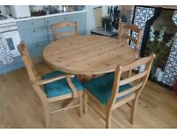 Urgent sale - Solid pine dining table and 4 chairs