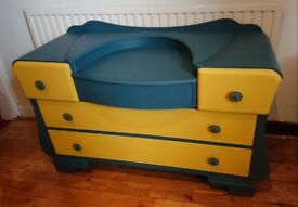 Funky Set of Drawers Ambusson Blue & English Yellow (Annie Sloan Upcycled)