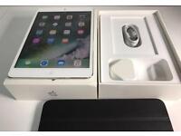 iPad mini 2 white 16GB wifi only. Boxed!
