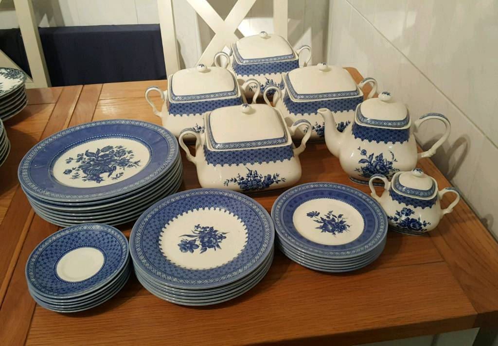 Churchill, Out Of The Blue, Crockery Set