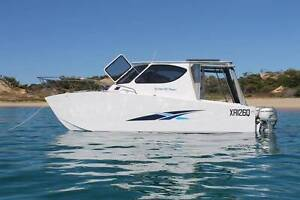 Power Cat Trailerable Scarness Fraser Coast Preview