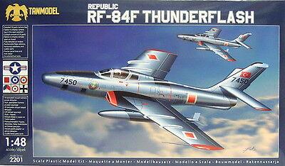 Neuheit Waffen (Republic RF-84F Thunderflash,1:48,Tanmodel,Plastik,TOP;Luftwaffe,Dutch,NEUHEIT)