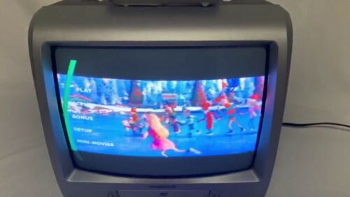 "Magnavox CD130MW8 13"" CRT TV DVD Combo Player W/ Remote Retro Gaming *Tested*"