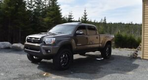 Supercharged 2014 Toyota Tacoma TRD Sport (low Kms)