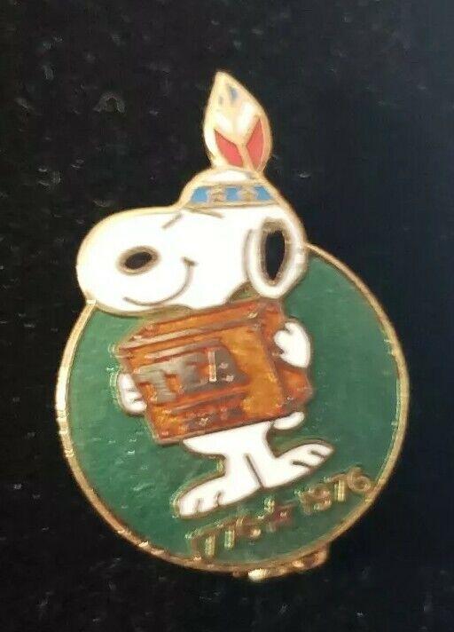 Vintage SNOOPY PEANUTS AVIVA CLOISONNE  PIN Boston Tea Party Indian