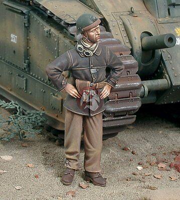 French Model Kit (Royal Model 1/35 French Tanker WWII [Resin Figure Model kit] 547 )