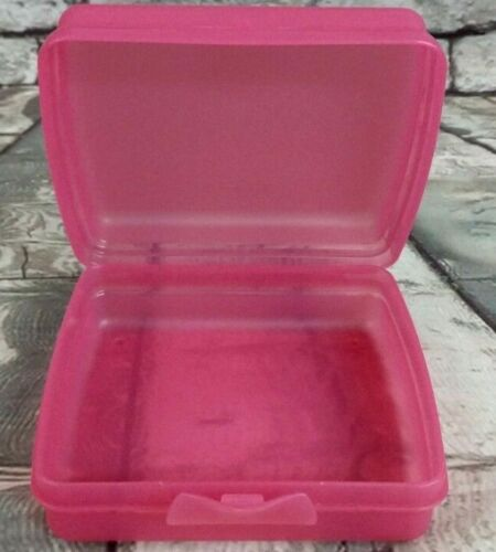 "Tupperware New Hinged Lid Square Sandwich~ Crayon~ Food Keeper Pink 5"" x 5"" x 2"""