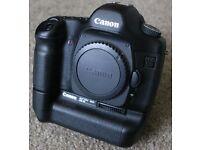 Canon 5D mki / 5DC (professional, full frame DSLR) plus extras etc....