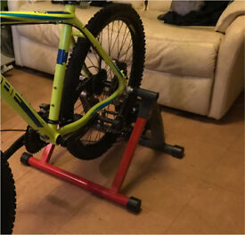 Exercise /bike stand /turbo trainer