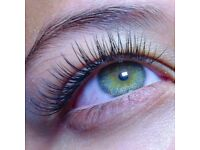 Mobile Eyelash Technician £45 for a full-set of Mink Lashes or Russian Volume lashes