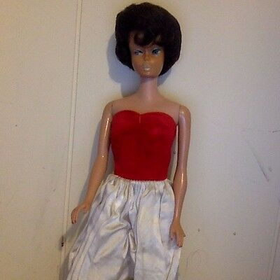 Vintage Midge Doll. Bubble Cut 1962 Brunette Modeling 1959 Barbie Dress.