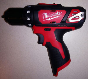 Milwaukee M12 3/8-inch Drill/Driver