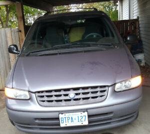 1998 Plymouth Voyager SE Other
