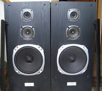 KENWOOD TOWER SPEAKERS - CANADIAN MADE