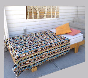 Like New & Clean! Sturdy Pine COMPLETE Single Bed